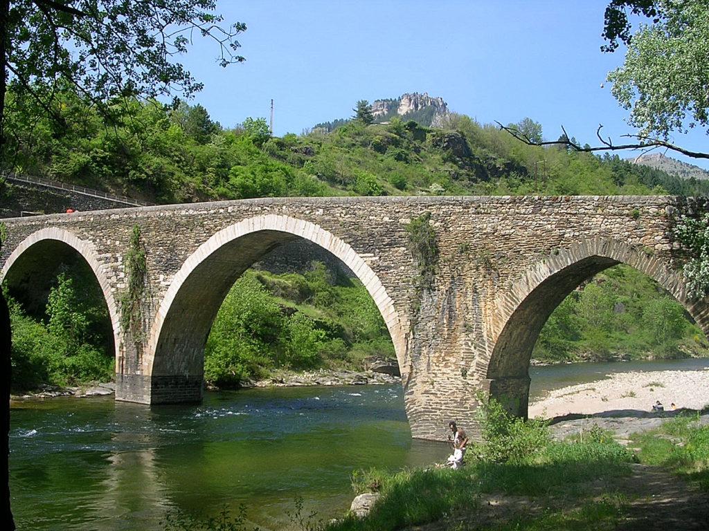 pont d'ispagnac